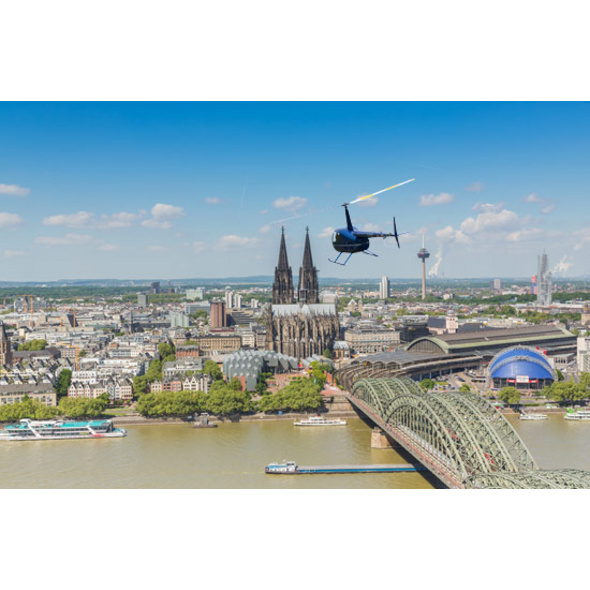 Hubschrauber-Rundflug über Köln