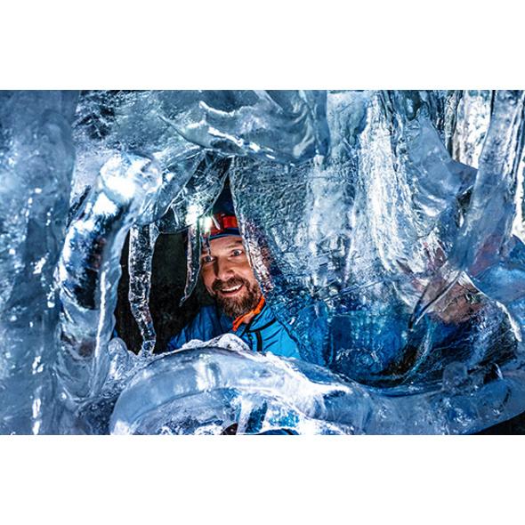 Tour durch den Natureispalast im Hintertuxer Gletscher