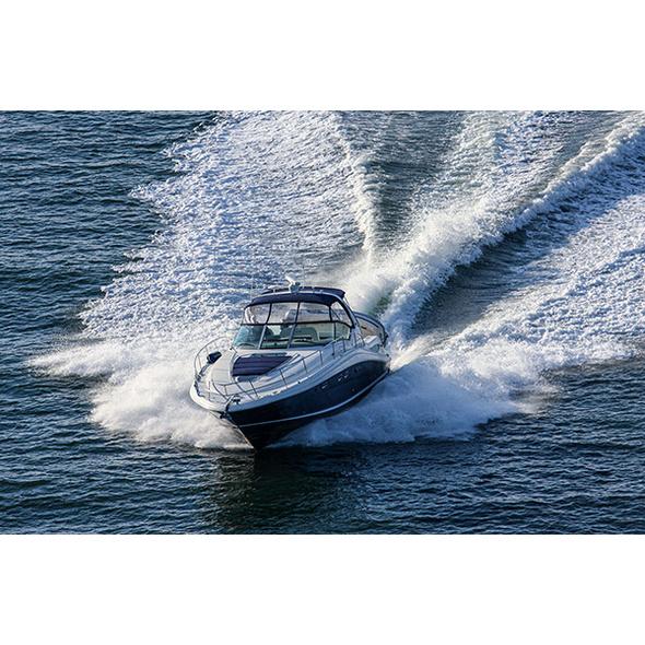 Speedboat Tour in Duesseldorf für bis zu 5 Personen